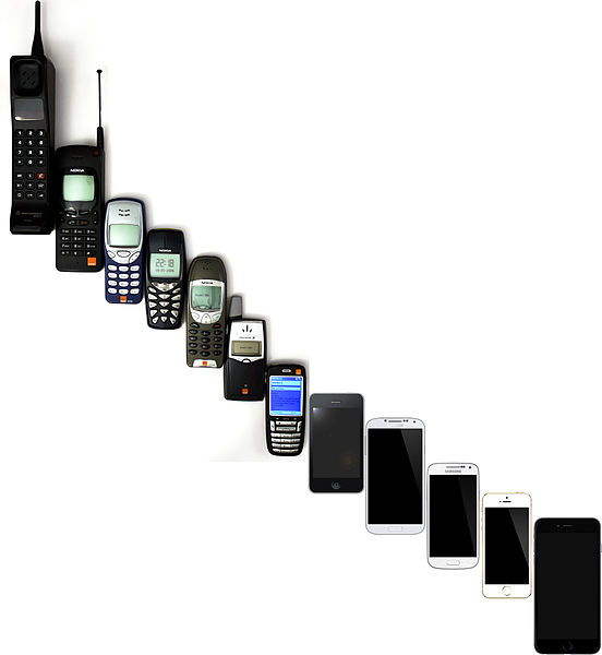 552px-Mobile_Phone_Evolution_1992_-_2014.jpg